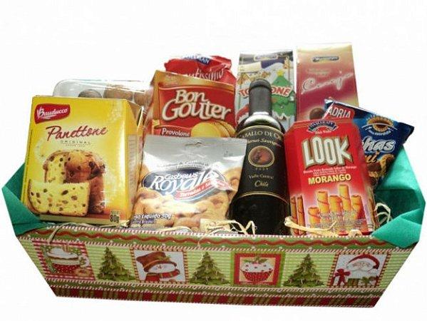Cesta Presente De Natal - Panetone, Vinho, Chocolates e Torrone - Catelândia