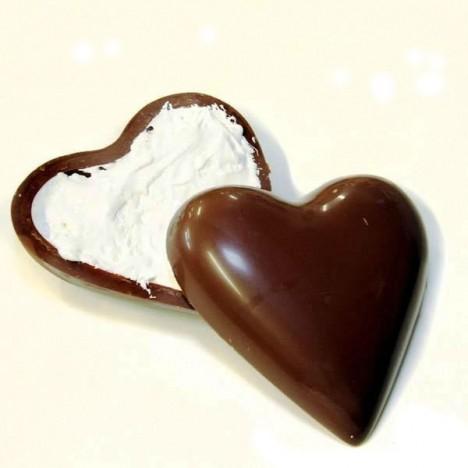 Ovo de Páscoa Coração - Recheado com Marshmallow - 250g