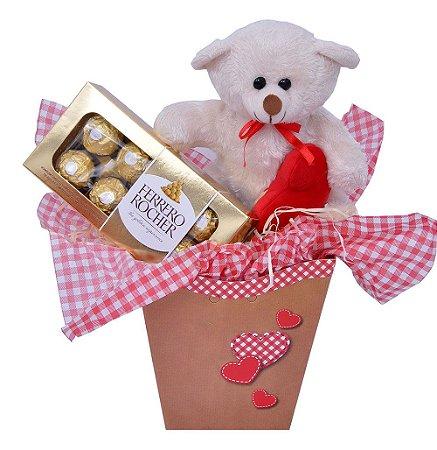 Cesta com Chocolate Ferrero Rocher e Ursinho de Pelúcia
