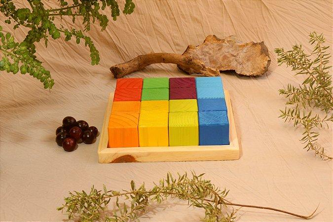 16 cubos coloridos