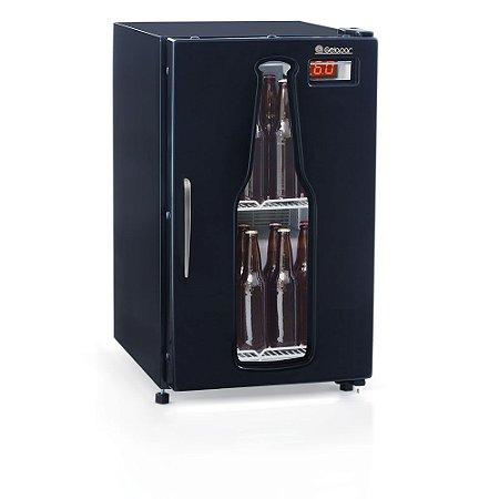 Cervejeira Porta Carenada Preta 120 litros GRBA-120PR Gelopar