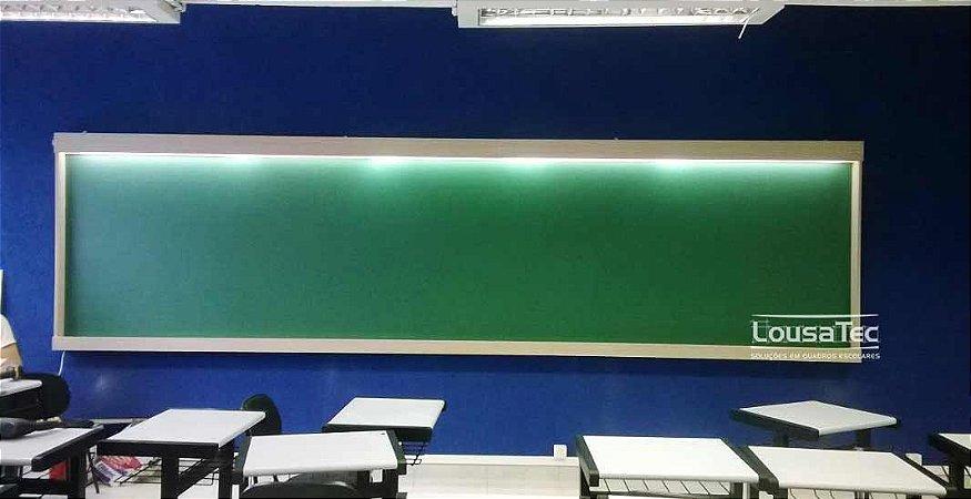 Quadro Verde Reto com Luminária - Liso ou Quadriculado