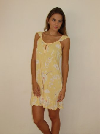 01.505 - camisola amarela flor