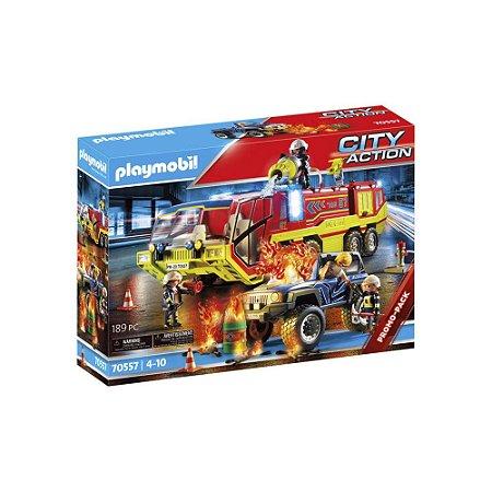 Carro de bombeiros com caminhão