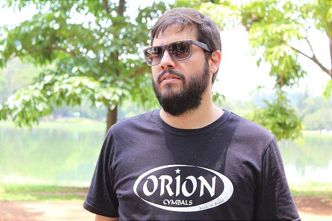 Camiseta Orion Cymbals Tradicional - Dupla Manga - Ilhós