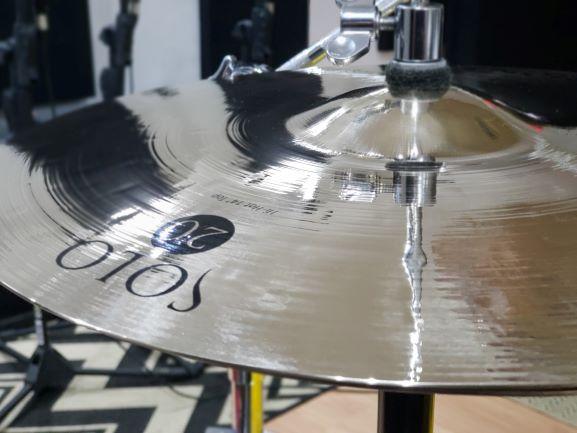 """Hi Hat 14"""" - Chimbal em liga B20 - Solo 20"""
