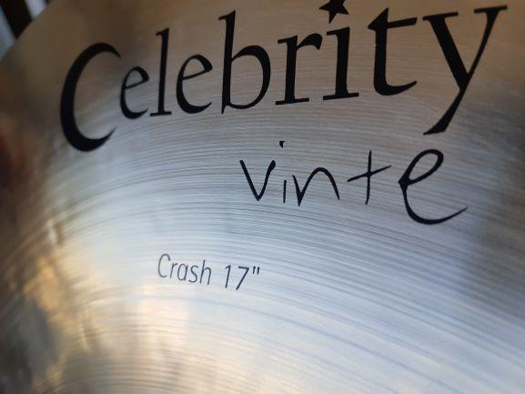 Crash 17″ - Prato de ataque em liga B20 - Celebrity Vinte