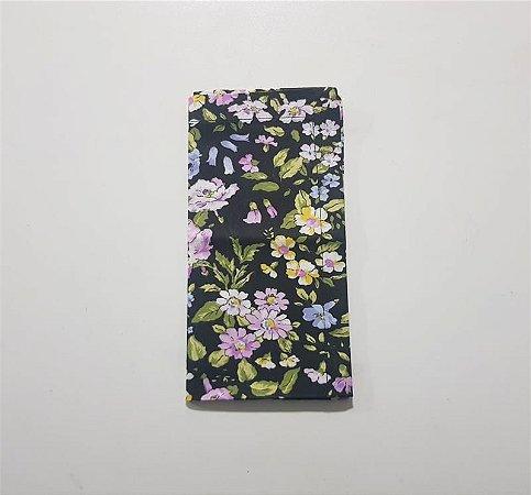 Guardanapo de Algodão Preto com Flores