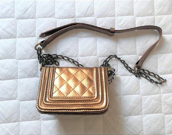 4c80d7a74 Bolsa Dourada - Achados Brechó