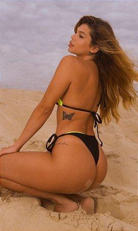 Calcinha Biquíni de Lacinho Sal de Maré, Modelo Kate, Peça Avulsa - Cor Preto com Neon