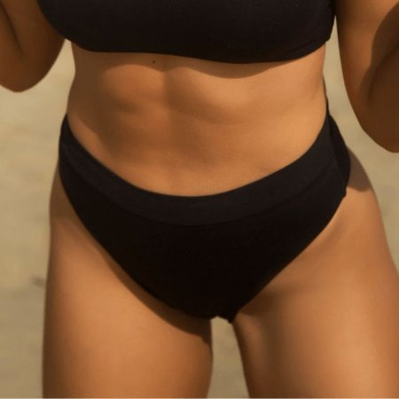 Biquíni Calcinha Cintura Alta Asa Delta Preto - Hot Pants Cloe
