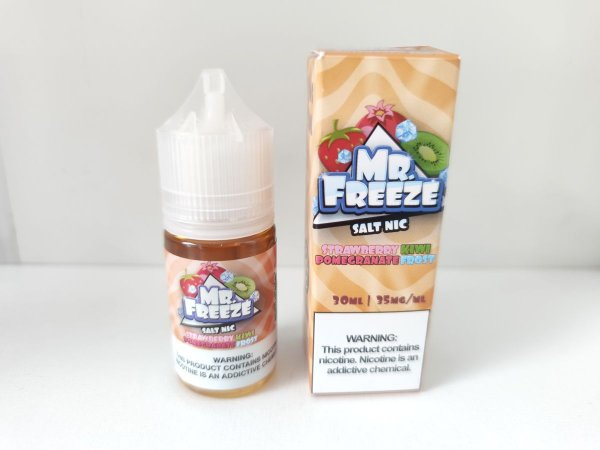 Juice Salt Strawberry Kiwi Pomegranate Frost Mr. Freeze 30ml 35mg