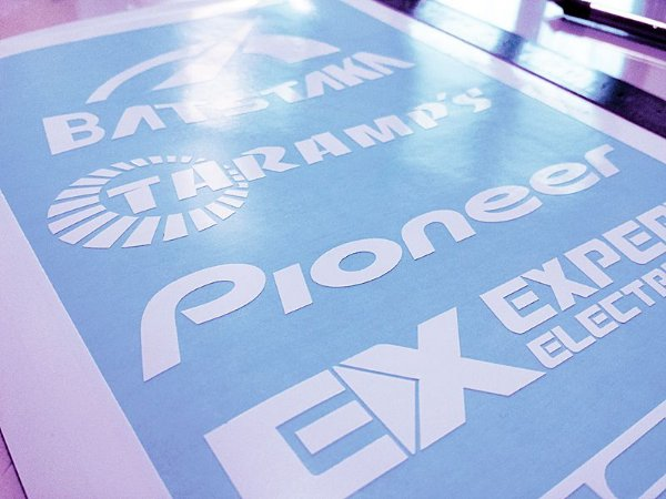 Kit de adesivos personalizados para carros - Recorte eletrônico