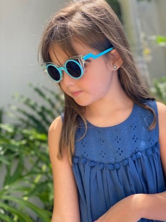 Óculos infantil brilhoso