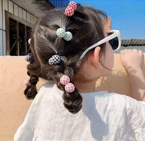 Xuxinha de cabelo mini pompons