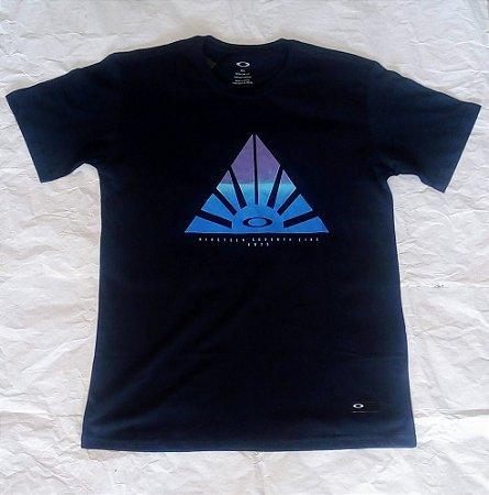 2bb950a88 Camiseta Oakley - Loja fonte da moda
