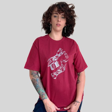 Camiseta Bleed Match Vinho