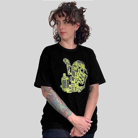 Camiseta Bleed Gardening Preto