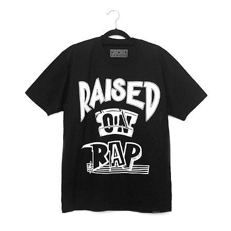 Camiseta Famous Raised On Rap Preta