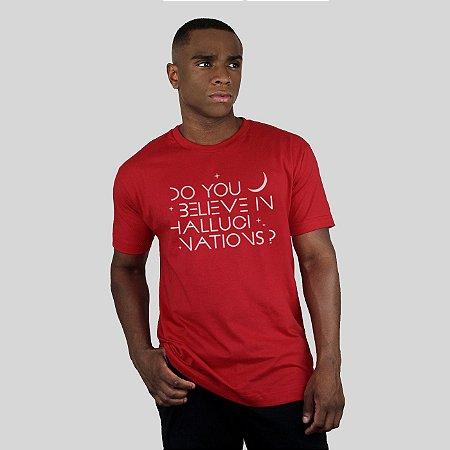 Camiseta AVA Hallucinations Vermelha