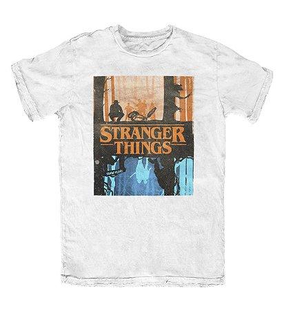 Camiseta Stranger Things The Upside Down Branca