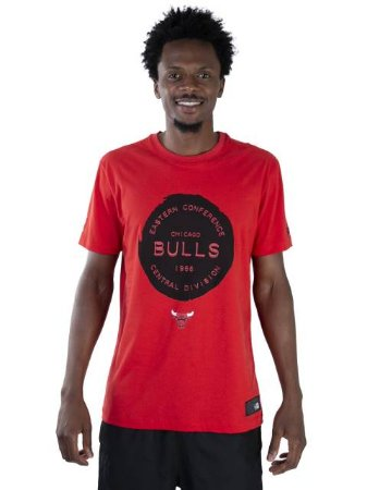 Camiseta NBA New Era Chicago Bulls Essentials Stamp