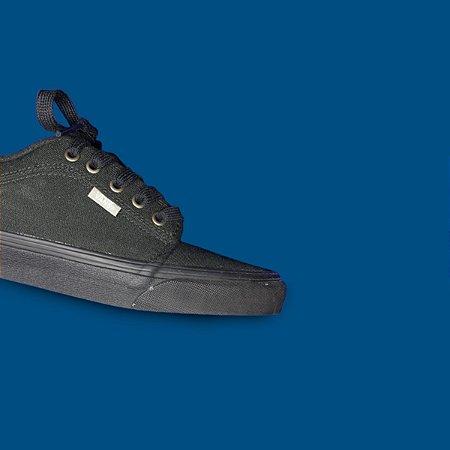 Tênis Vans Chukka Low - Black - The ONE