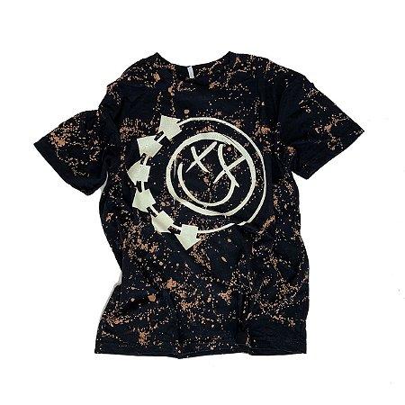 Camiseta BLINK-182 Smiley #004 - Tamanho M