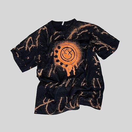 Camiseta BLINK-182 Smile Painted #005 - Tamanho G