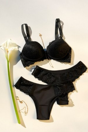 Calcinha Com Detalhe em Renda Mondress