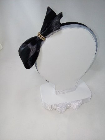 4de34711d9b Tiara com laço modelo Louis Vuitton - Biacessorios tiara de cabelo ...