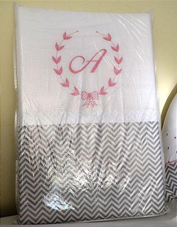Trocador de Bebê com Espuma CHEVRON ROSA Luxo 100% Algodão - Plastificado / LETRA PERSONALIZADA