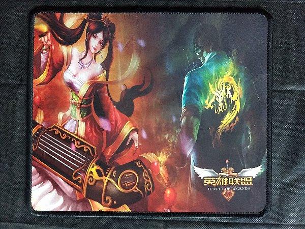 Mousepad Gamer Sona e Lee Sin (30x25cm) - League of Legends
