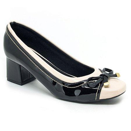 7432e75a56 Scarpin verniz off white preto com laço - Sapatos Femininos