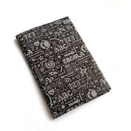 Capa protetora para livro_Estampa quadro negro