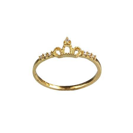 Anel coroa em ouro amarelo 18k com zirconias na lateral PC 3.75