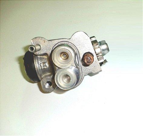 Cilindro de Freio Dianteiro Esquerdo Fourtrax 350 (2006 até 2007)