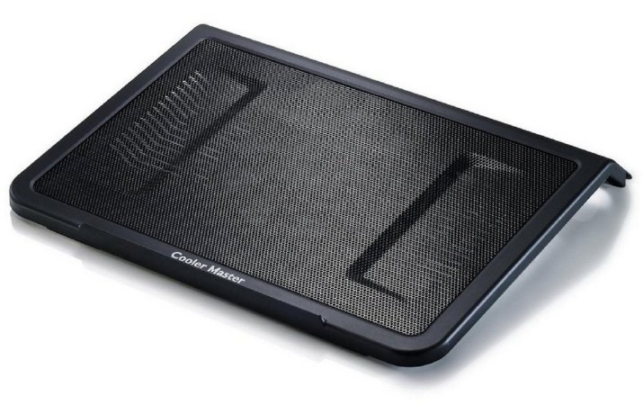 Base Notebook Cooler Master - L1 PRETA