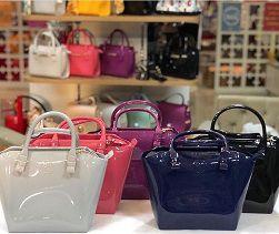858f9d3ca4 Shape Bag Petite Jolie PJ1770 - Empório Shoes