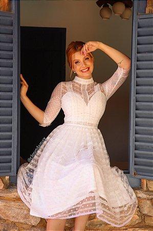 Vestido Taciana de noiva midi, em tule bordado e renda guipir