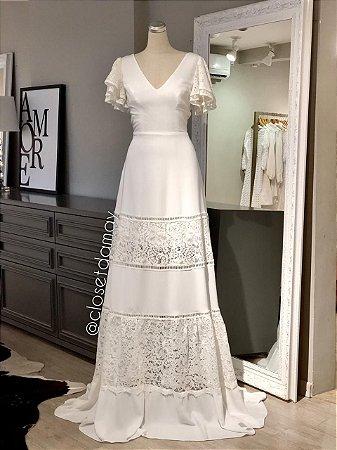 vestido de noiva longo, mangas em babado, mix de renda, casamento civil, casamento na praia, pre wedding