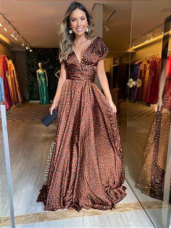 vestido de festa longo, de amarrações, em cetim, estampa animal print, para madrinhas, convidadas, formandas