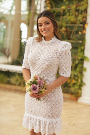 vestido de noiva midi, gola alta, mangas 3/4, para casamento civil, batizados, renovação de votos
