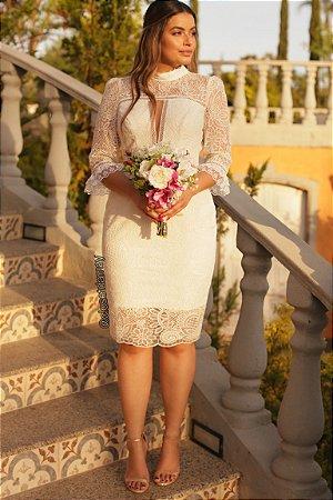 vestido de noiva branco, gola alta, mangas 3/4, em renda, para casamento civil, batizado, renovação de votos
