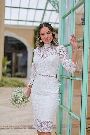 vestido de noiva midi, gola alta, mangas, em renda, para casamento civil, renovação de votos