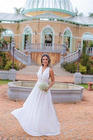 vestido de noiva branco, longo, com aplicação em guipir, decote v, alças largas, pré wedding, casamento civil
