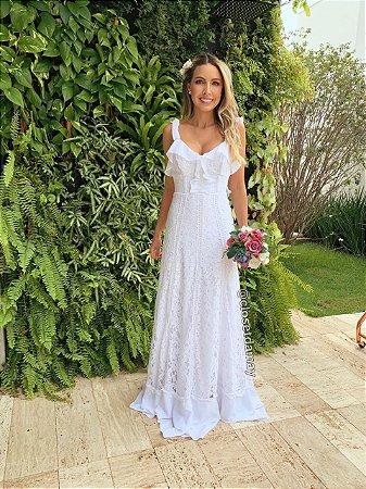 vestido de noiva longo, em renda, detalhe em babado, para casamento civil, pre wedding, noivado