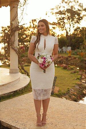 Vestido midi tule bordado decote gota, ideal para casamento civil, casamento religioso