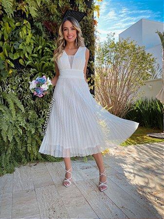 vestido midi em tule de poá, decote e lateral em tule, para casamento civil e casamento religioso