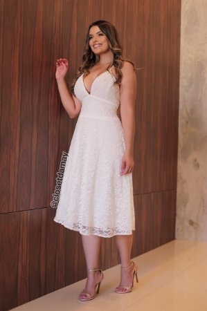 Vestido de noiva em renda e alças, para casamento civil, casamento intimista, jantar de noivado